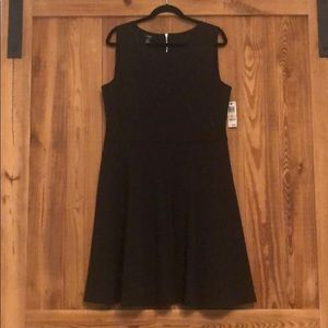 Gorgeous black scuba dress